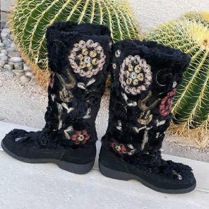 🌐Sam Edelman furry boots
